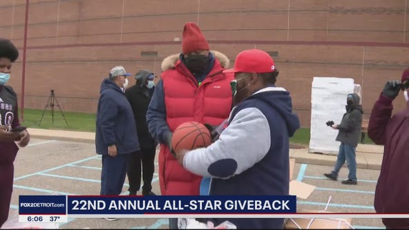 Annual All-Star Giveback 'Just feeding the community, giving them some love, some hope'