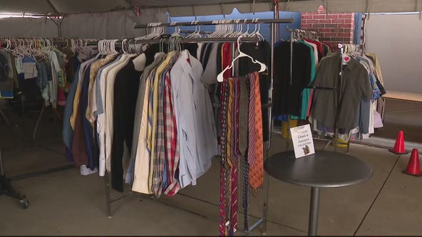 Detroiters get pick of donations at DPD's Thanksgiving boutique