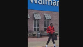 Michael Jackson impersonator outside Livonia Walmart is a 'Thriller'