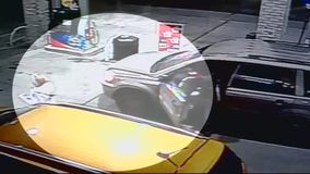 Woman fights off robber in Wyandotte gas station attack