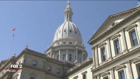 UPDATE: Michigan Capitol all clear after bomb threat temporarily closed building
