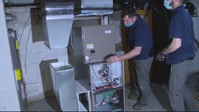 Retired Warren firefighter donates new furnace to single mother