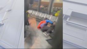 3 passengers attack Spirit Airlines agents
