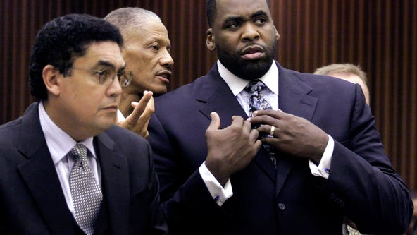 Former Detroit mayor Kwame Kilpatrick's sentence commuted by Trump
