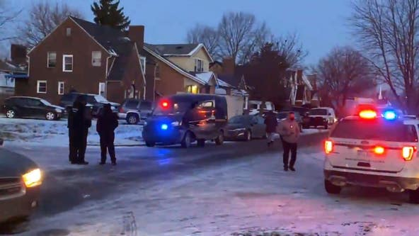 Detroit police responding to murder suicide attempt on city's east side