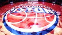 Late baskets from Jacksons lead Pistons over Cavs, 109-105