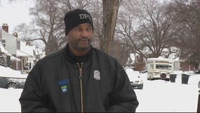After heavy snowfall, Detroit police pay special visits to seniors to shovel for them
