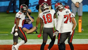 Tampa Bay Buccaneers win Superbowl LV against the Kansas City Chiefs, 31-9