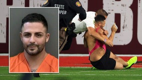 Super Bowl streaker arrested after being tackled by quarterback-turned-deputy