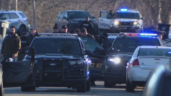 Suspect arrested after pulling gun on Detroit police on city's east side