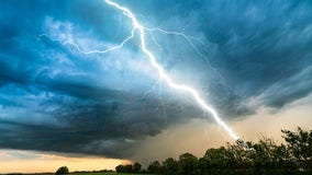 Keep your distance! A beautiful but deadly show of force. Staying safe when lightning is present.
