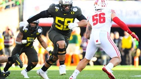 Lions take Oregon OT Penei Sewell at No. 7 in NFL draft