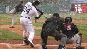 Cabrera homers off Bieber in snow, Tigers beat Indians 3-2