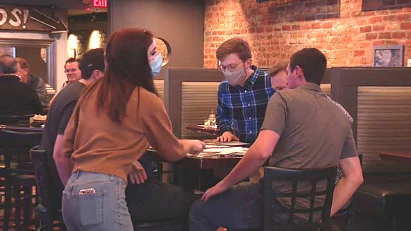 Dining-in discouraged by Whitmer due to Covid surge, leaving restaurants in tough spot