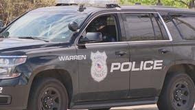 Warren Police catch serial burglar holding cash register during break-in