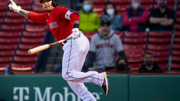 Cordero snaps slump, Red Sox hold on to beat Tigers 12-9