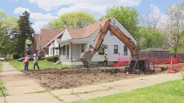 Detroit looks to hire returning citizens for increased blight removal effort