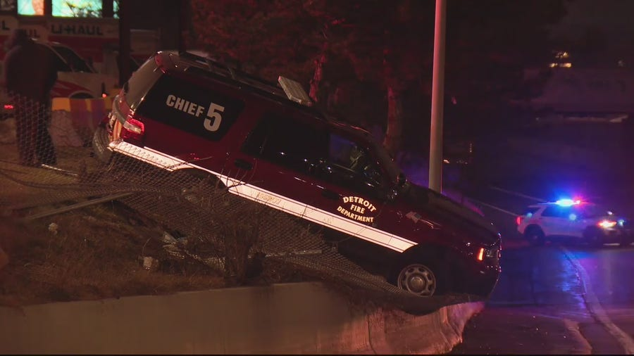 2 Detroit firefighters involved in accidents while under the influence of alcohol resign