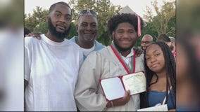 Four years after his mother was murdered, Detroit teen graduates with a 4.0, football scholarship