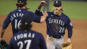 Fraley's catch, single in 11th leads M's over Tigers 9-6