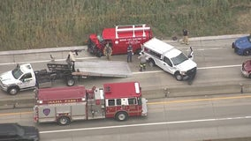 Northbound I-75 crash backs up traffic near I-696