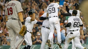 Tigers rally for doubleheader sweep against Twins