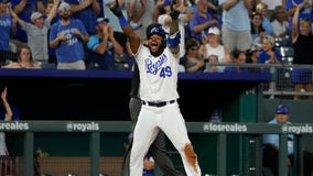 Perez & Santana homer in Royals' 9-8 victory over Tigers