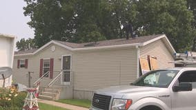 Lyon Township Navy vet in need gets new roof