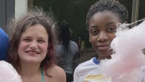 12-year-old collecting bottles and cans to help best friend's family in need