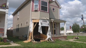 2 different cars crash into Detroit home within one month, family seeks help