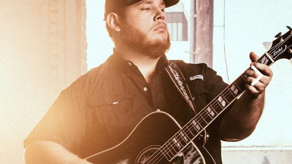 photo from LukeCombs.com