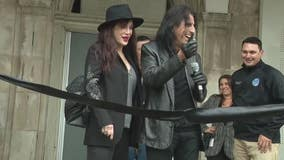 Alice Cooper visits Eloise Asylum Experience for sneak peek at this fall's terrorizing tours