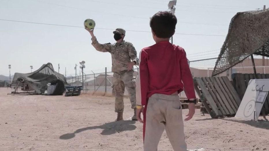 soldierandchild2