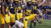 No. 6 Michigan tops Northwestern 33-7; Michigan State next