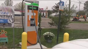 Macomb County shows off electric vehicle charging stations for emerging demand
