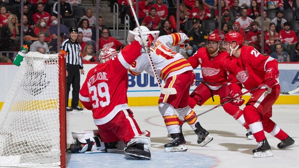 Markstrom shuts out Red Wings in Calgary's 3-0 win