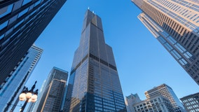 Falling ice from Willis Tower prompts street closures
