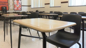 Chicago eyes April return to class for high school students