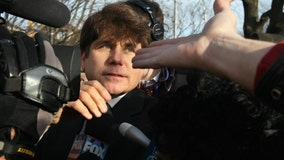 Blagojevich files paperwork asking Trump to commute sentence