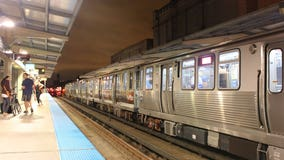 Bullet hole found in Red Line train window on South Side