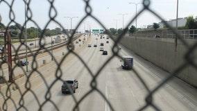 Dead person found on Chicago expressway