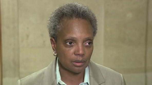 6 Chicago aldermen urge Lightfoot to drop vaccine mandate for city employees