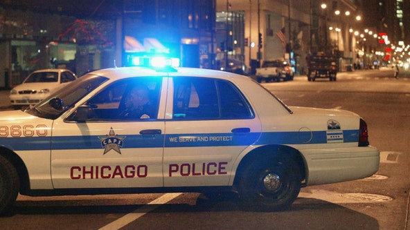 Police search for crew wanted in over 20 armed robberies in Chicago