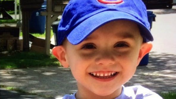 2 Illinois child welfare workers are sued over boy's death