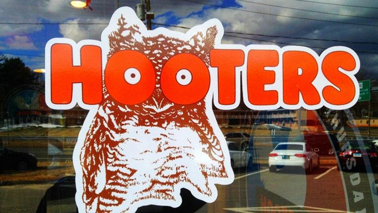 02f5539c-hooters-logo_1486731880820.jpg