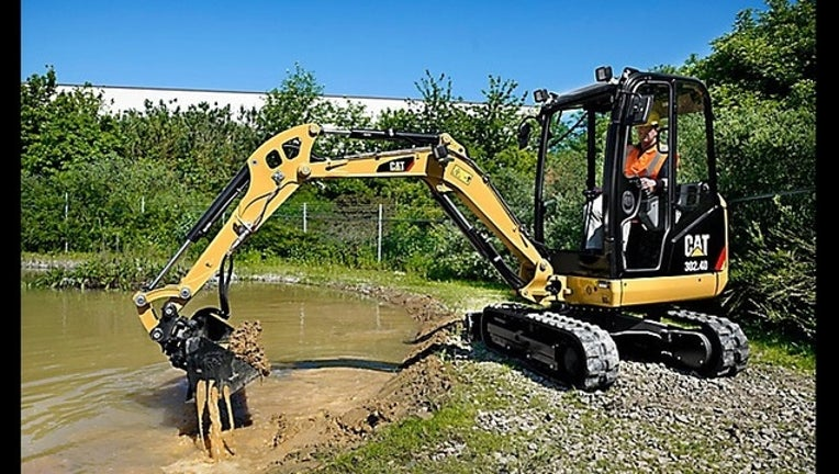 caterpillar-construction-cat.jpg