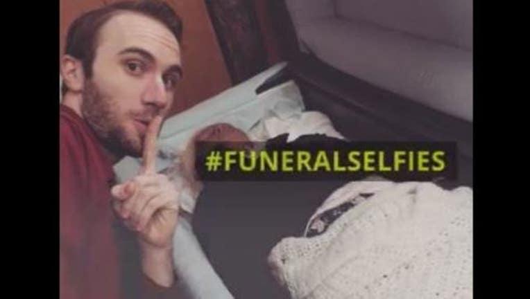 085ea86d-Funeral selfie