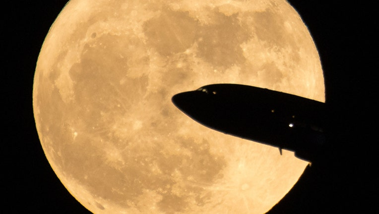 0c28f30f-Supermoon (GETTY IMAGES)-401720