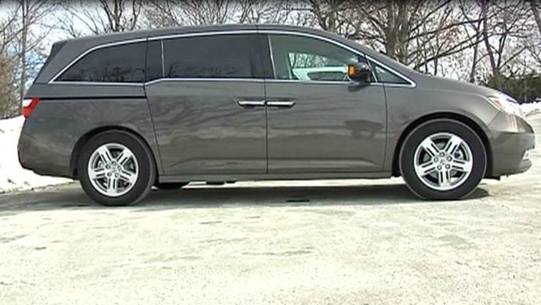 16a2fa96-Honda Odyssey Minivan
