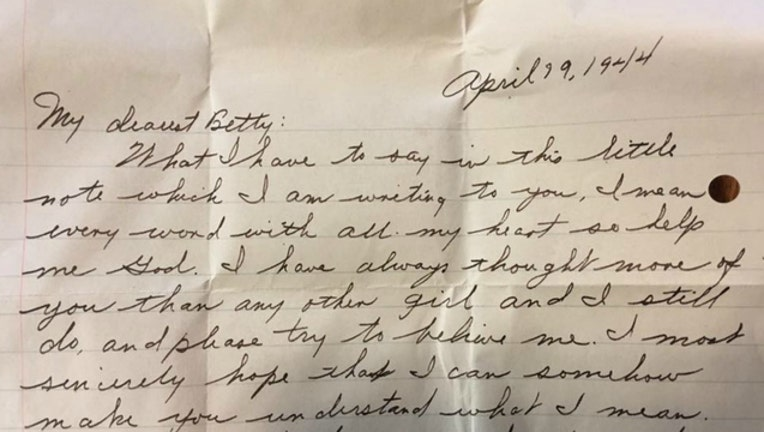 1a10df40-Love Letter sent to Betty from Walter